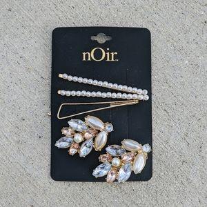 Pearl & Rhinestone Gold Tone Hair Accessories